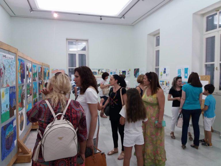 Ολοκληρώθηκε το εκπαιδευτικό πρόγραμμα «Ανακυκλώνω – Δημιουργώ και Προστατεύω» με την εκδήλωση βράβευσης στο Πολιτιστικό Κέντρο Αιγίου